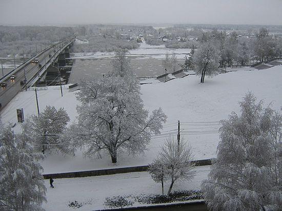 В Кирове встретились Дед Мороз Вятский и Васнецовская Снегурочка
